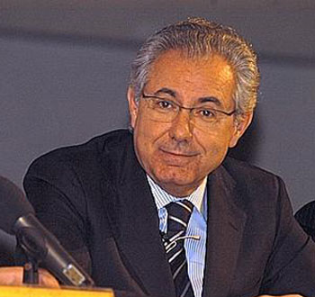 Alitalia confirma a colaninno y le encomienda las alianzas for Oficina alitalia madrid
