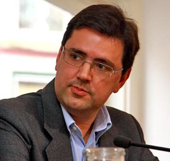 El director general de easyJet en España y Portugal, Javier Gándara, ha advertido al Gobierno y al gestor AENA que la subida en las tasas aeroportuarias que ... - javiergandara