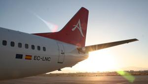 Cola de un avión de Alba Star