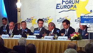 El presidente de Globalia, Juan José Hidalgo, junto al ministro Soria.
