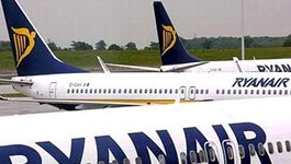 Ryanair cede y cambia su política de combustible.