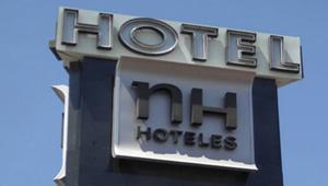 Cartel de NH Hoteles