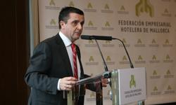 Aurelio Vázquez en su elección como presidente de la FEHM