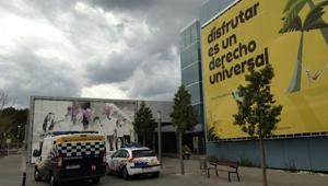 Sede de Orizonia custodiada por la Policía