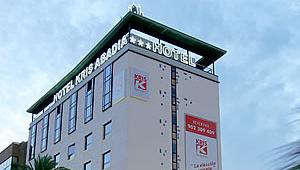 Kris Hoteles