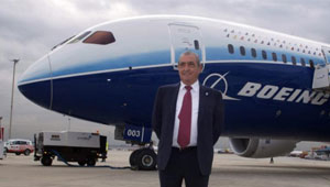 Air Europa Boeing 787 Dreamliner y Juan José Hidalgo