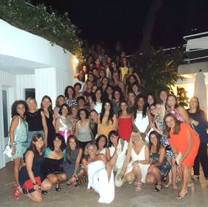 mujeres-turismo-conclave