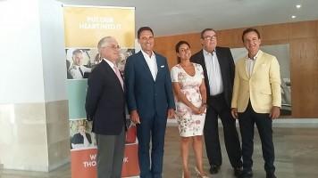 Manuel Butler, director de Turespaña, Peter Frankhauser, Inma de Benito, Juan Molas, presidente de la CEHAT y el directivo Hans Müller