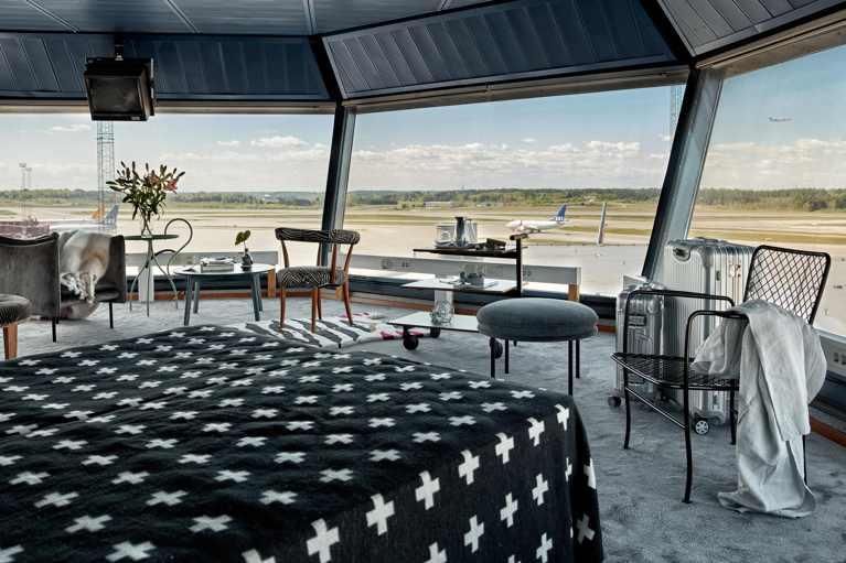 torre-control-aeropuerto-arlanda-3