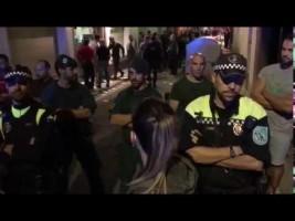 Dos hoteles de Calella echan a la Guardia Civil y la Policía Nacional tras el 1-O