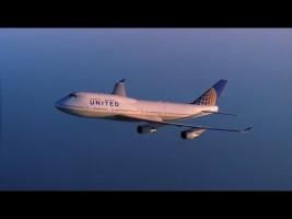 United Airlines se despide del Boeing 747 recreando los años 70