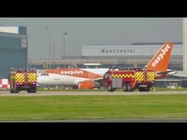 Dos aterrizajes de emergencia en Manchester por holor a humo