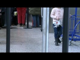 Una niña burla los controles de seguridad del aeropuerto de Ginebra