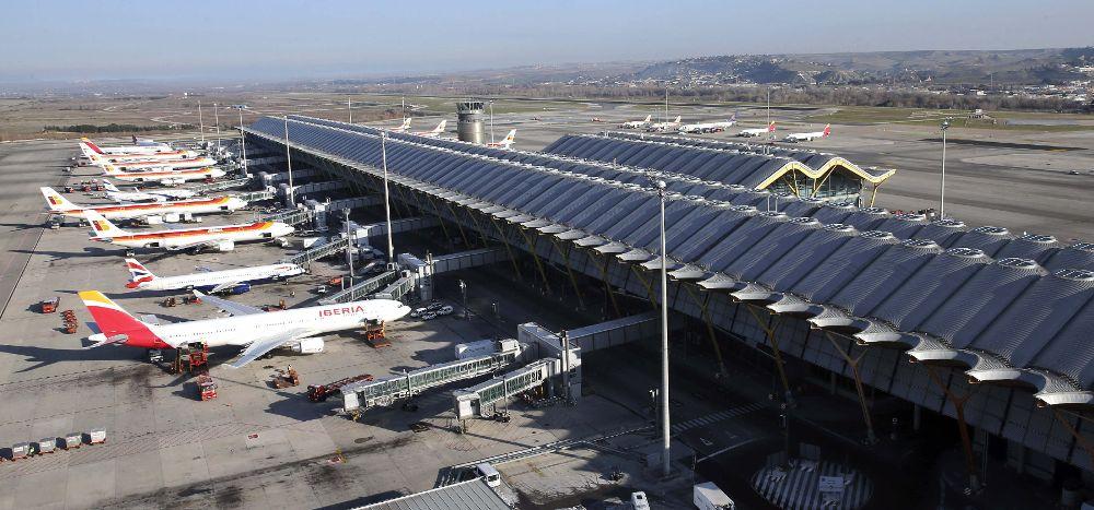Resultado de imagen para huelga Iberia aeropuerto madrid